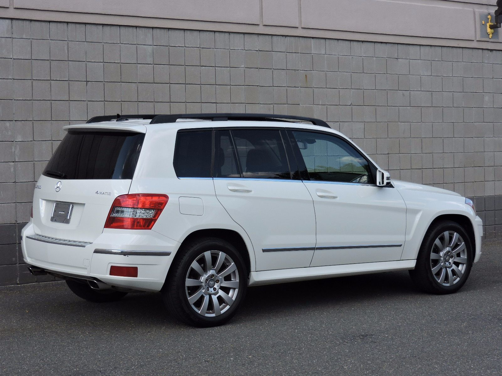 Used 2011 mercedes benz glk class at saugus auto mall for Mercedes benz glk350 2011