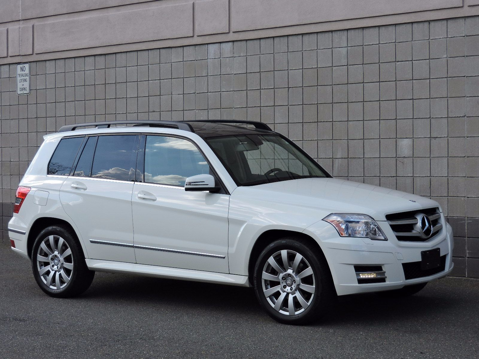 Used 2011 mercedes benz glk class at saugus auto mall for Mercedes benz glk class