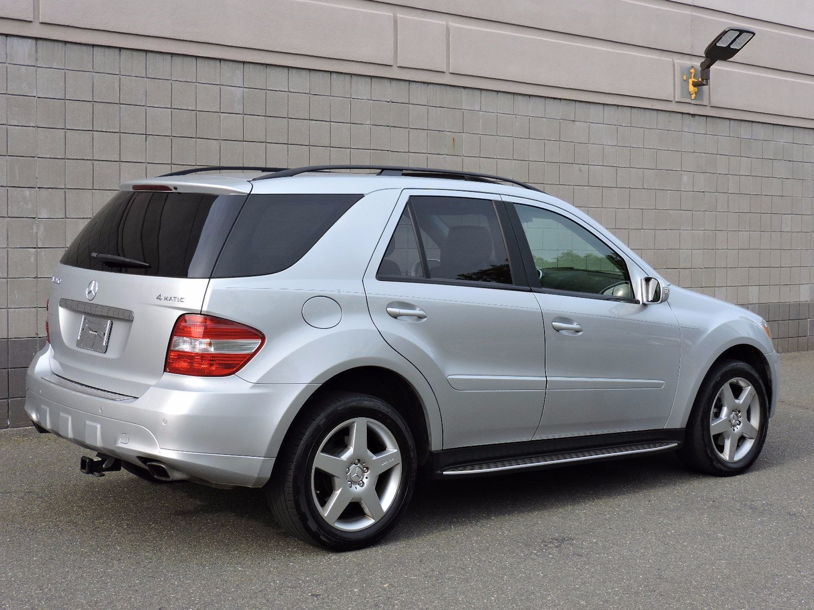 used 2007 mercedes benz ml350 3 5l at saugus auto mall. Black Bedroom Furniture Sets. Home Design Ideas
