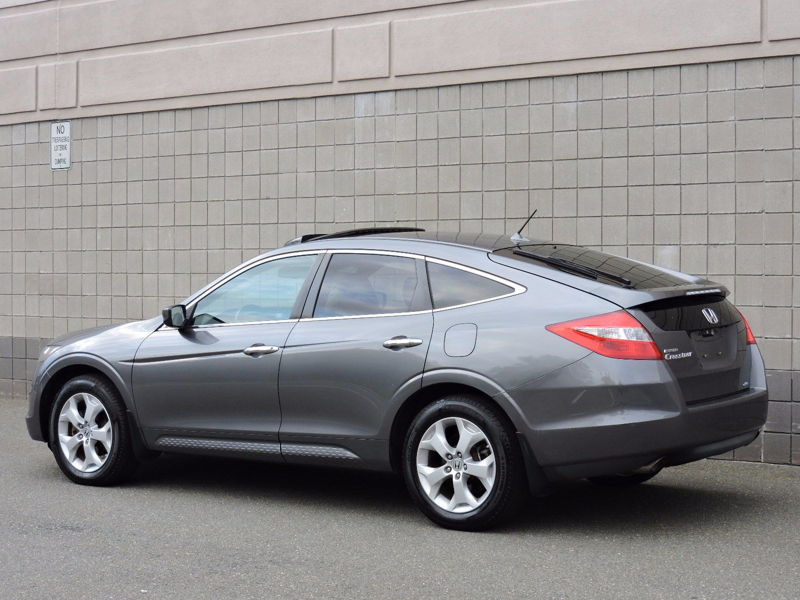 used 2010 honda accord crosstour ex l at saugus auto mall. Black Bedroom Furniture Sets. Home Design Ideas