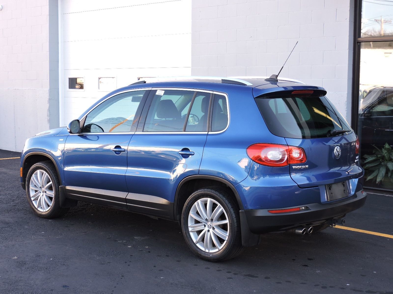 list of synonyms and antonyms of the word 2010 vw tiguan. Black Bedroom Furniture Sets. Home Design Ideas