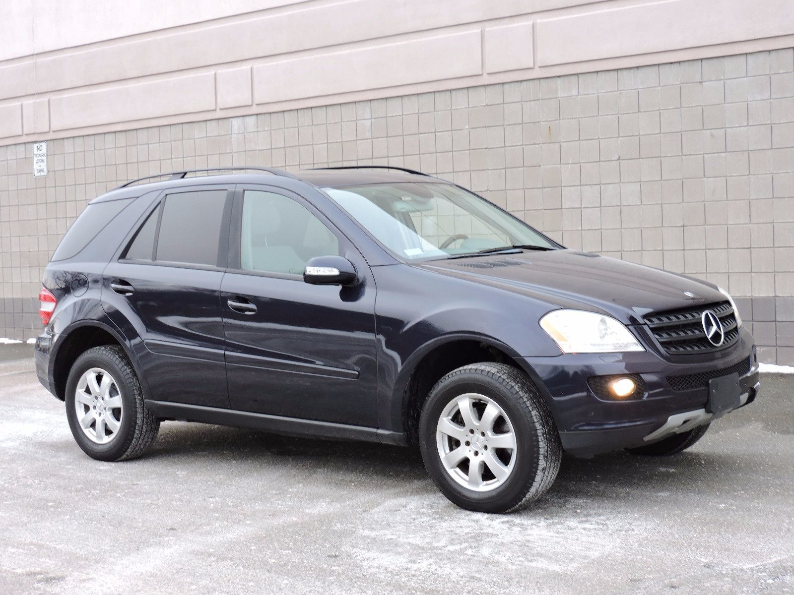 Used 2006 mercedes benz ml350 3 5l at saugus auto mall for Mercedes benz ml used