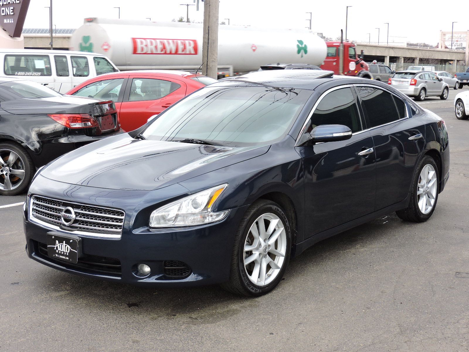 used 2010 nissan maxima 3 5 sv at saugus auto mall. Black Bedroom Furniture Sets. Home Design Ideas