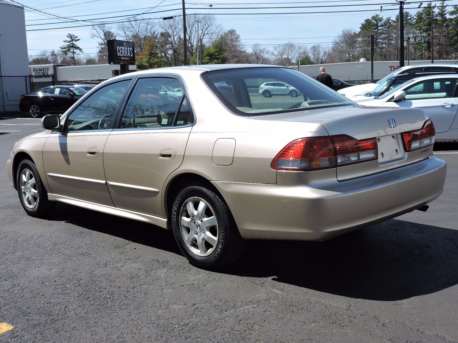 Used 2001 honda accord sdn ex wleather at saugus auto mall for Honda financial payments