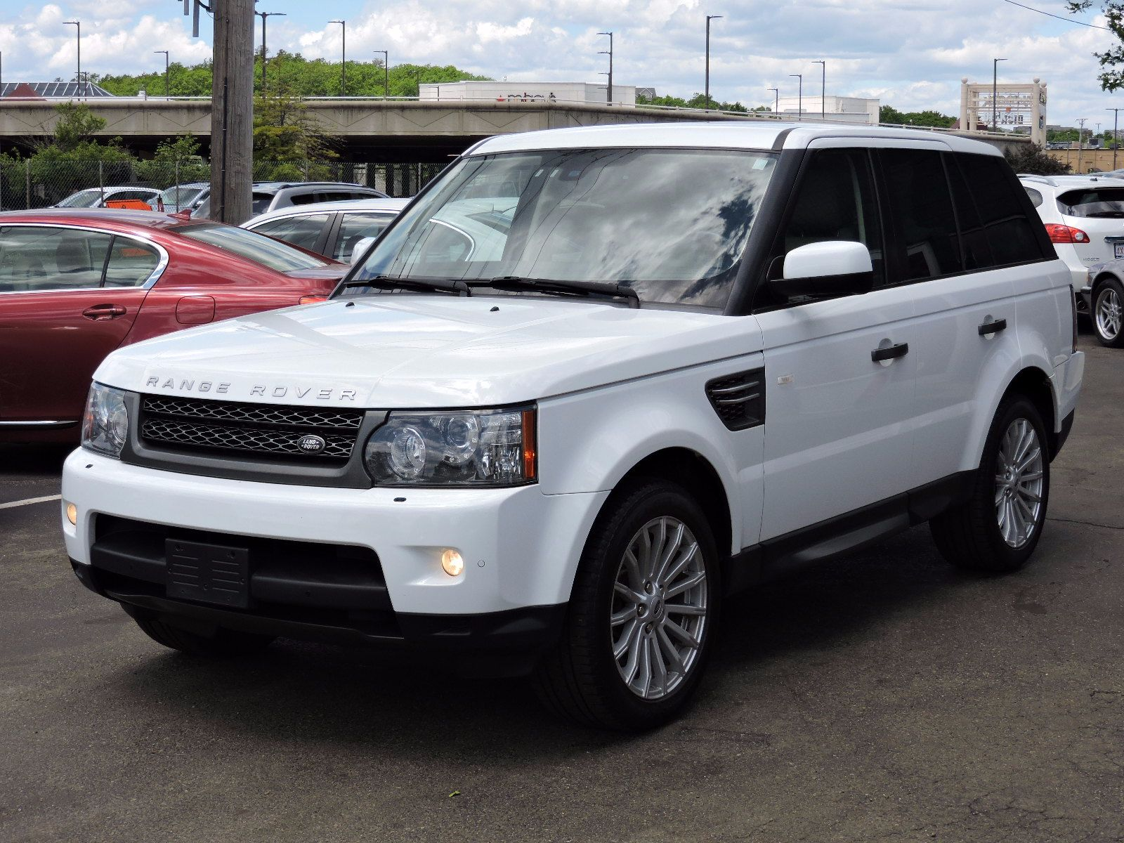 used 2011 land rover range rover sport hse at saugus auto mall. Black Bedroom Furniture Sets. Home Design Ideas