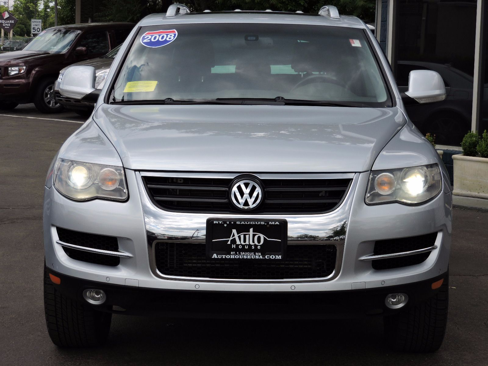 used 2008 volkswagen touareg 2 v6 at saugus auto mall. Black Bedroom Furniture Sets. Home Design Ideas