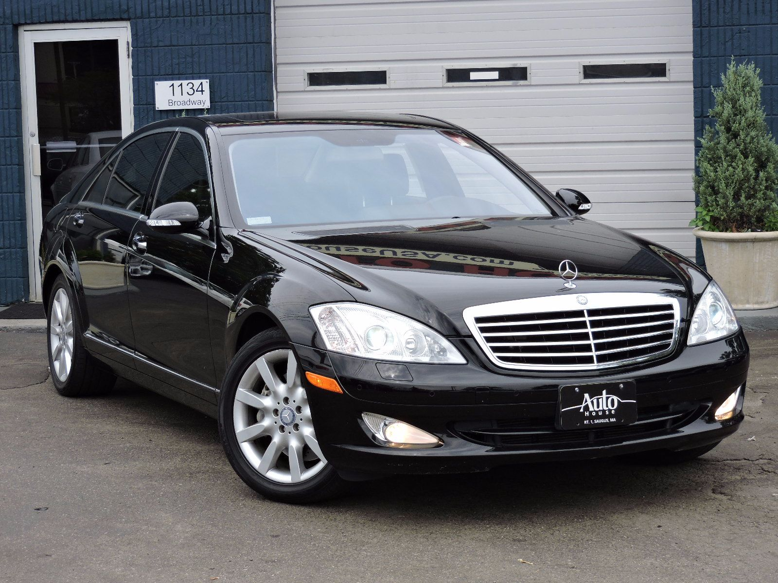 used 2008 mercedes benz s class 5 5l v8 at saugus auto mall. Black Bedroom Furniture Sets. Home Design Ideas