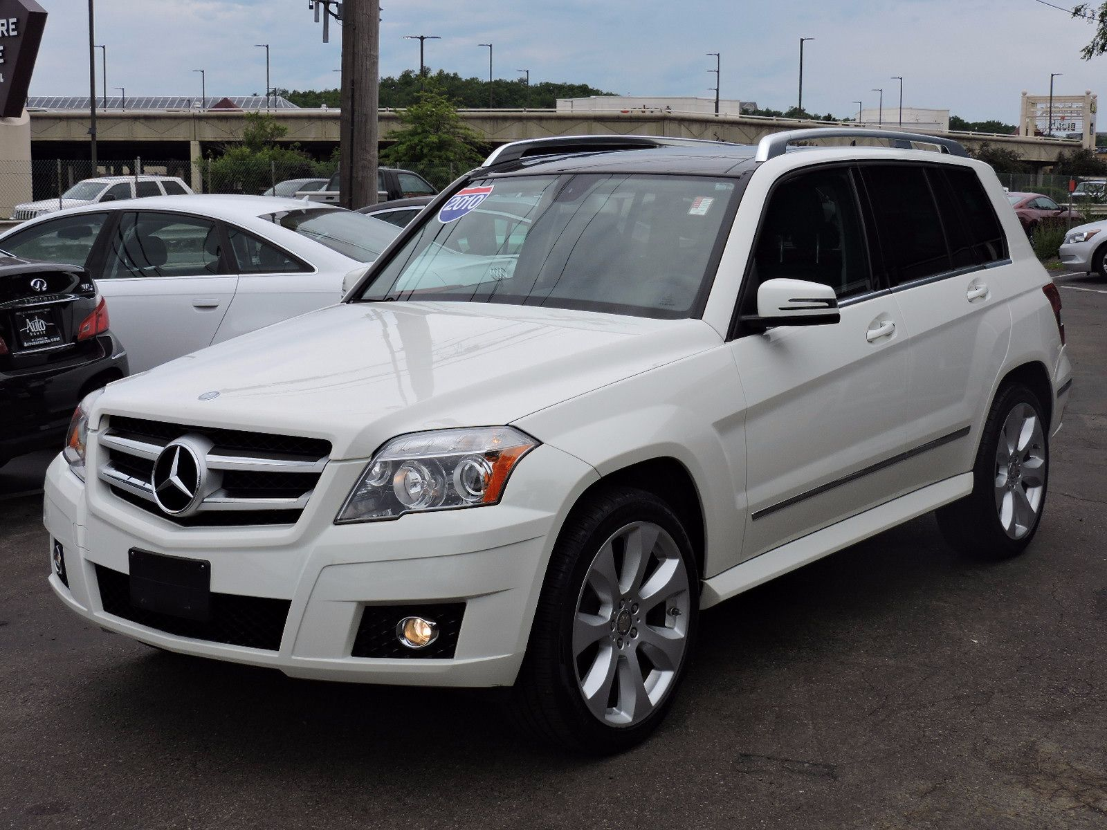 Used 2010 mercedes benz glk class se at saugus auto mall for 2010 mercedes benz glk