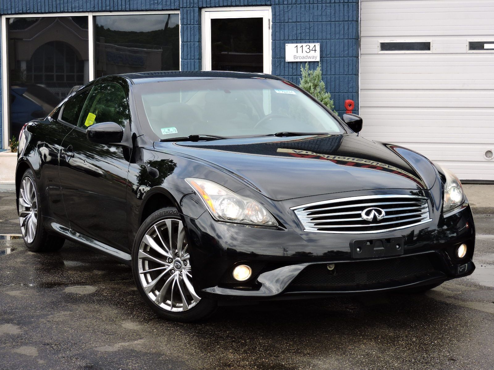 used 2011 infiniti g37 coupe x at saugus auto mall. Black Bedroom Furniture Sets. Home Design Ideas