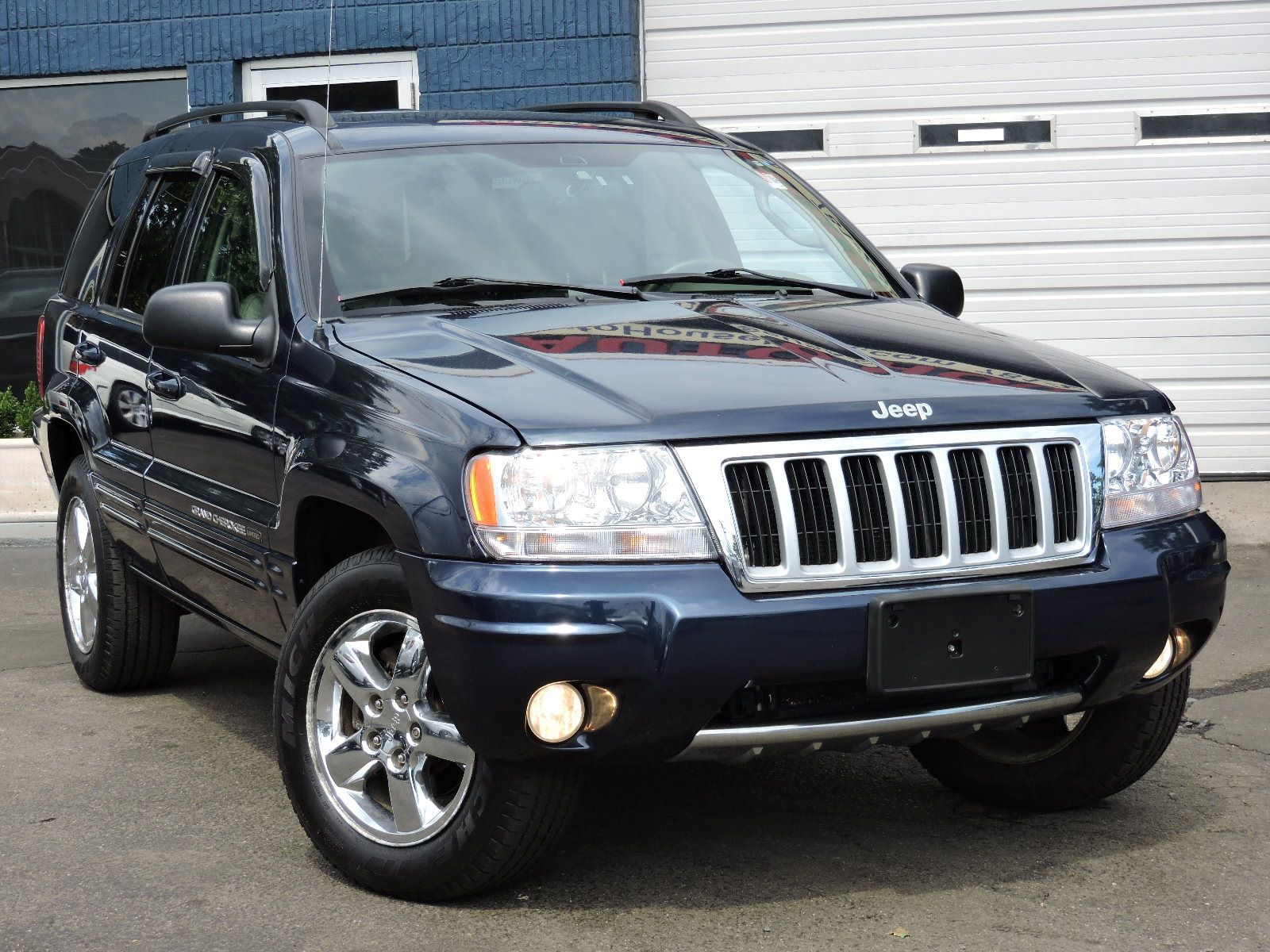 used 2004 jeep grand cherokee limited at saugus auto mall. Black Bedroom Furniture Sets. Home Design Ideas