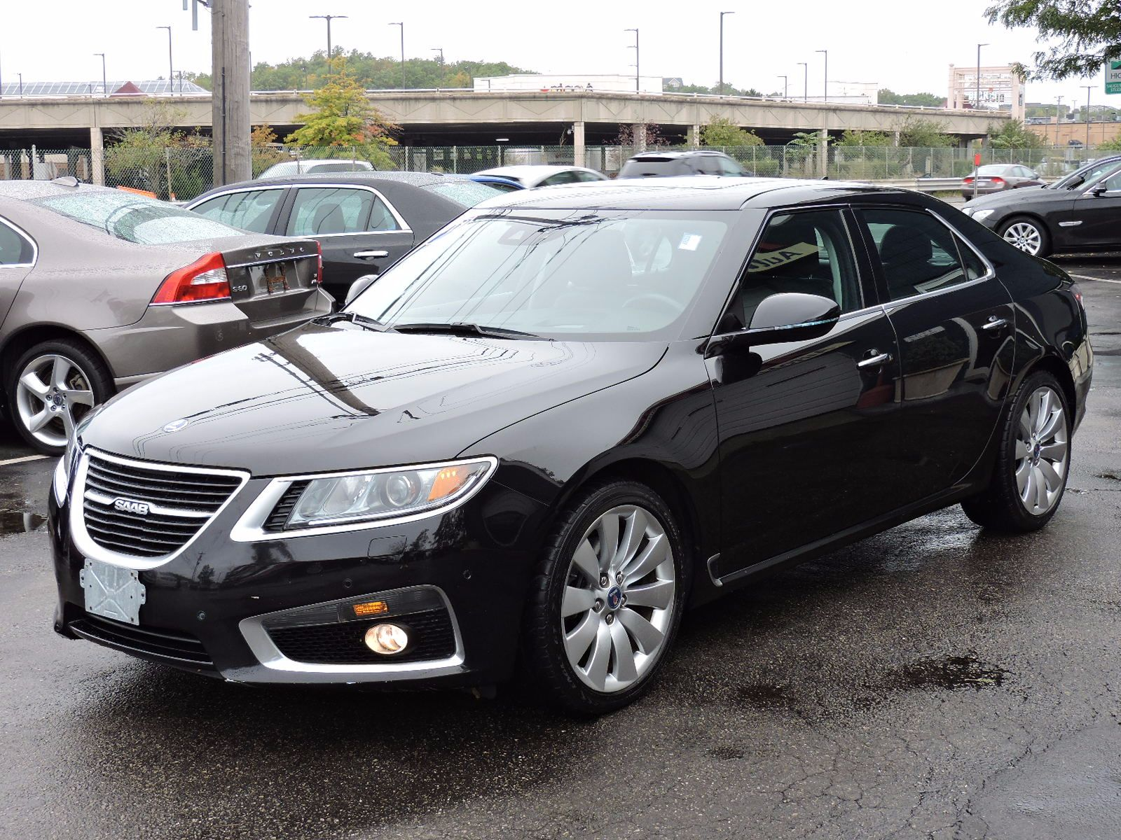 used 2011 saab 9 5 aero xwd at saugus auto mall. Black Bedroom Furniture Sets. Home Design Ideas