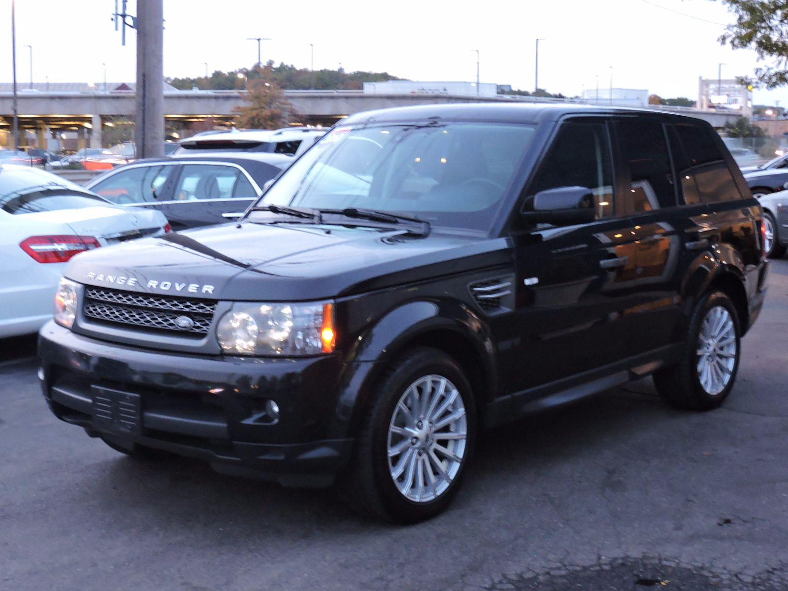 used 2010 land rover range rover hse sport at saugus auto mall. Black Bedroom Furniture Sets. Home Design Ideas