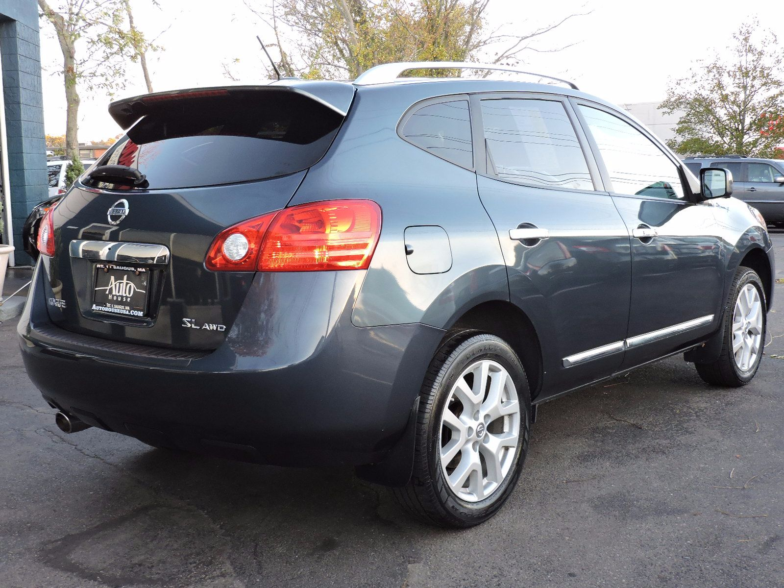 2013 Nissan Rogue - All Wheel Drive - Navigation