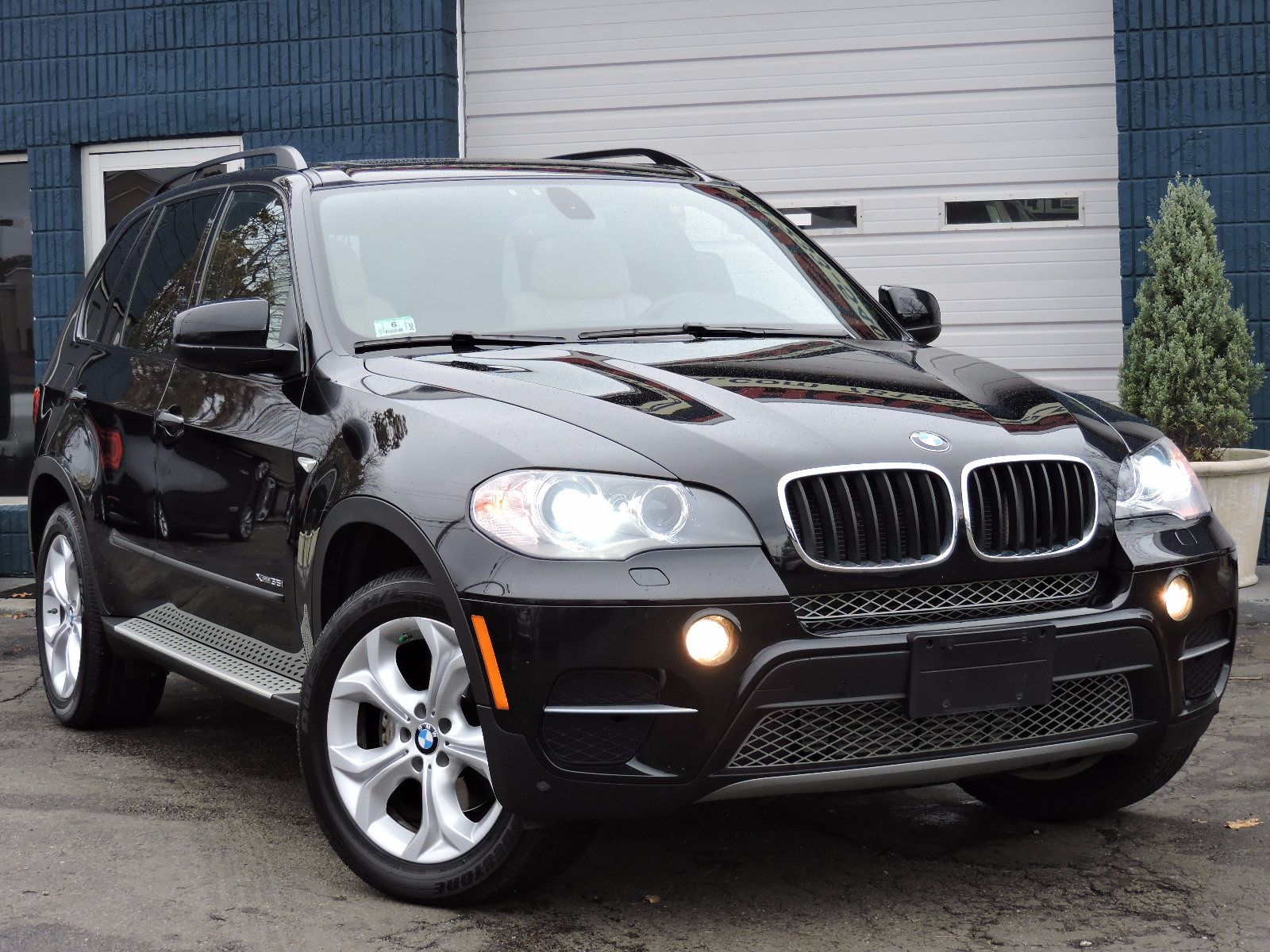 used 2012 bmw x5 xdrive 35i 35i sport activity at saugus. Black Bedroom Furniture Sets. Home Design Ideas