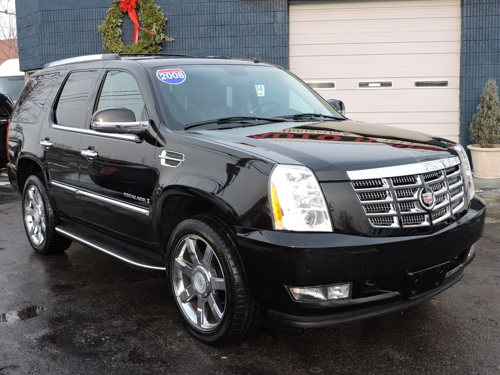 sale cadillac escalade of review used laurance suburban chevrolet yap for tahoe yukon vehicle expert gmc