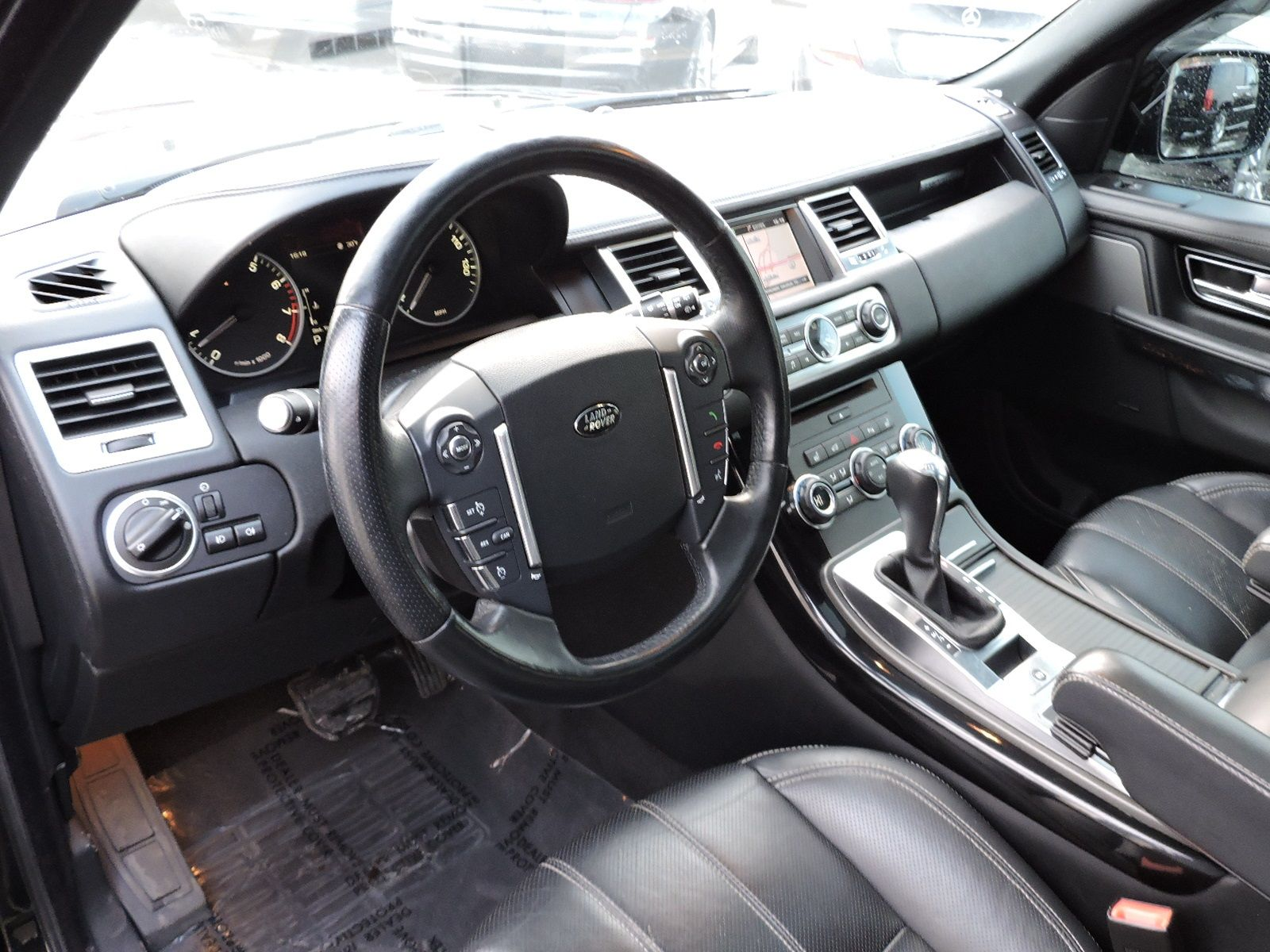 2013 Land Rover Range Rover Sport HSE - LUX - Navigation