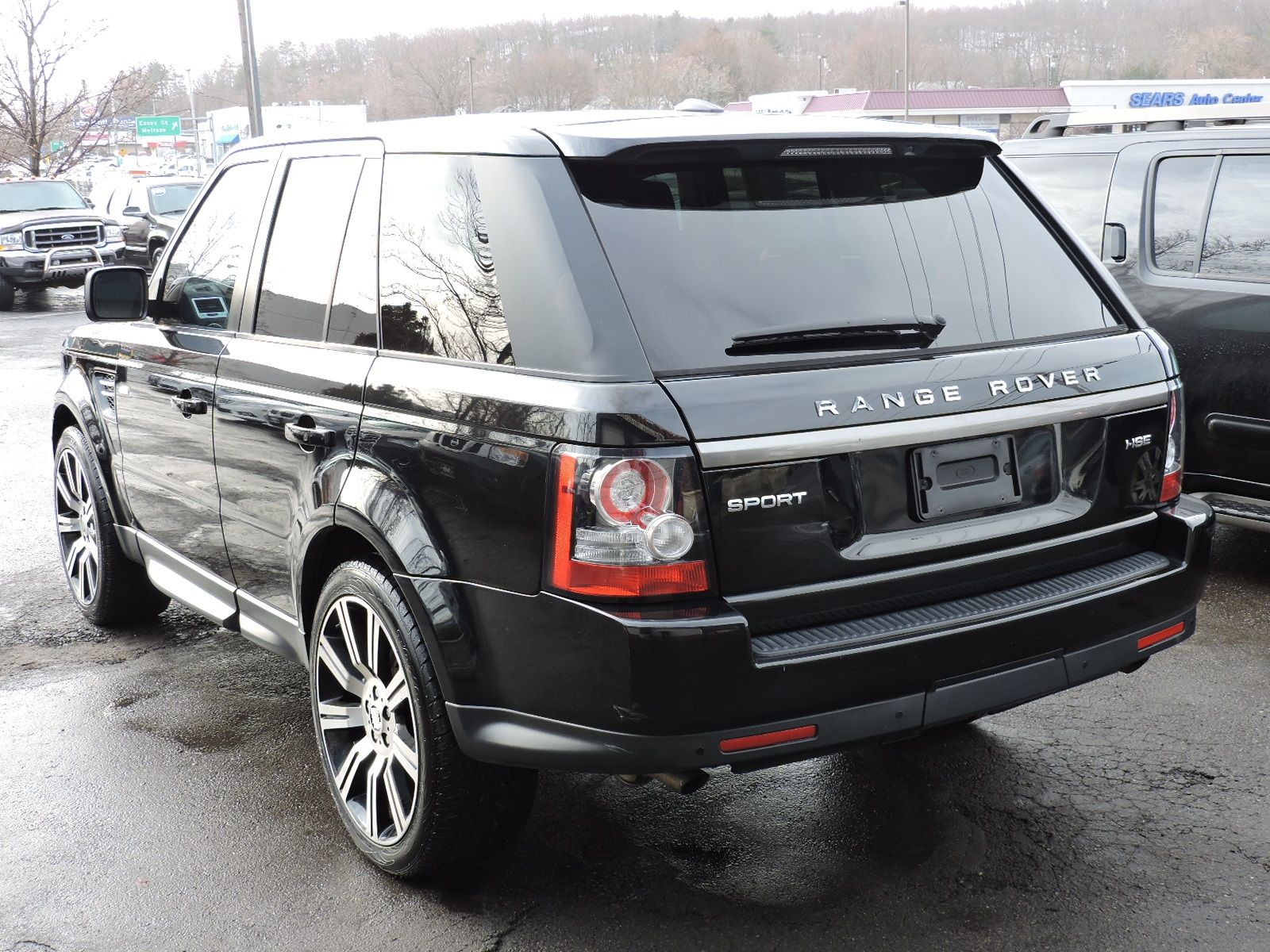 http://saugusautomall.com/uimages/vehicle/3707175/full/2012-Land-Rover-Range-Rover-Sport-HSE-SALSF2D47CA757856-3602.jpeg