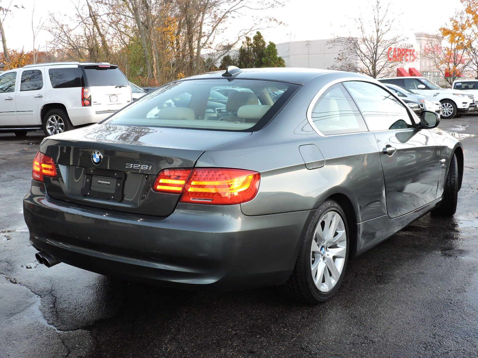 2011 BMW 3 Series 328i xDrive 6 Speed Coupe AWD