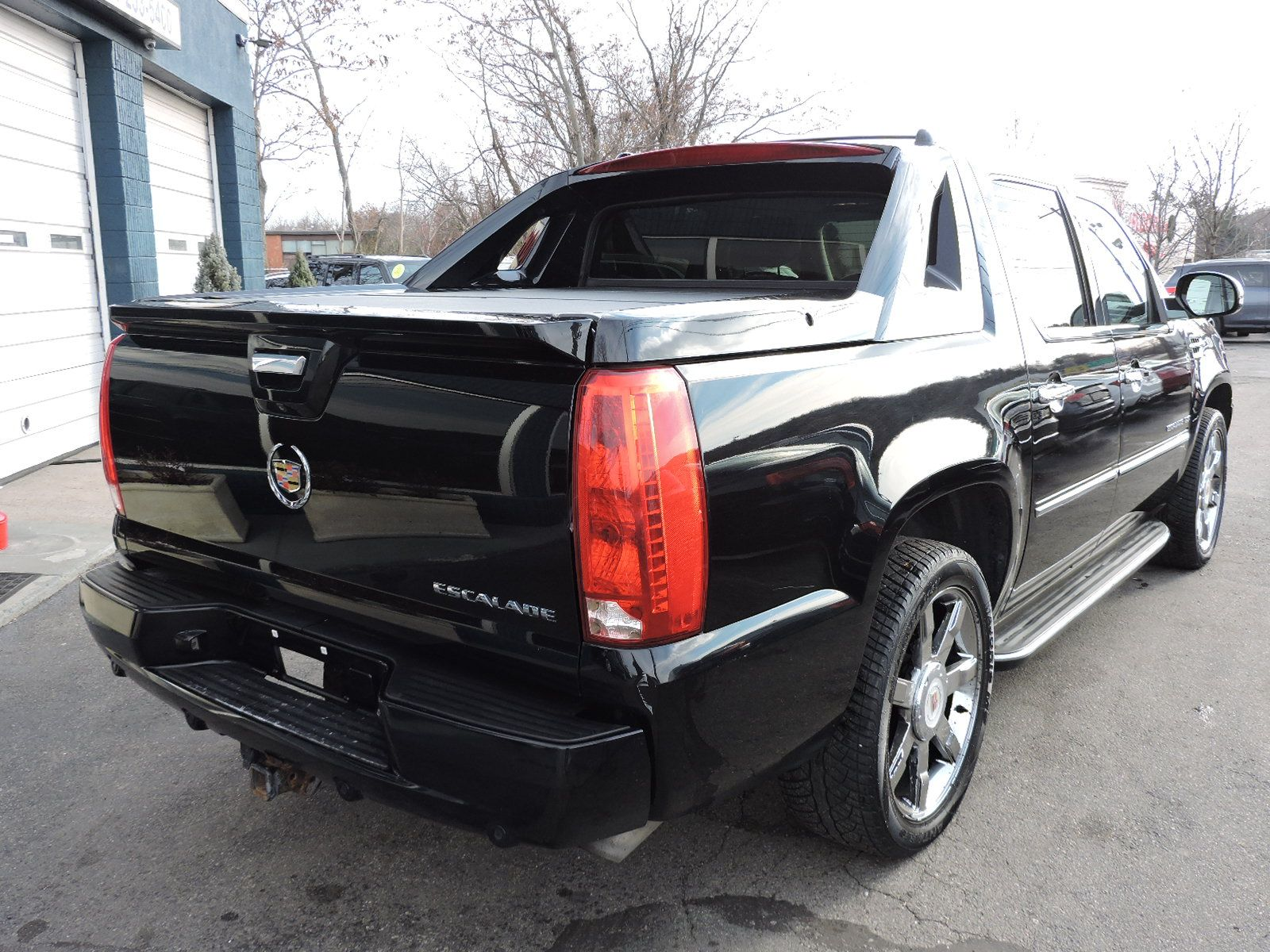 2013 Cadillac Escalade EXT Luxury Package AWD