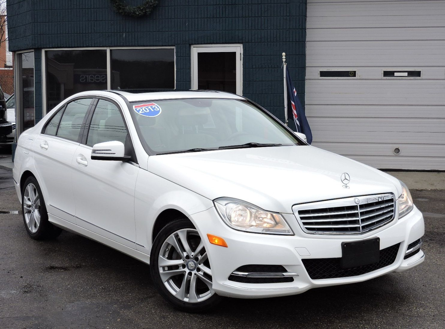 2013 Mercedes-Benz C 300 Luxury 4MATIC AWD