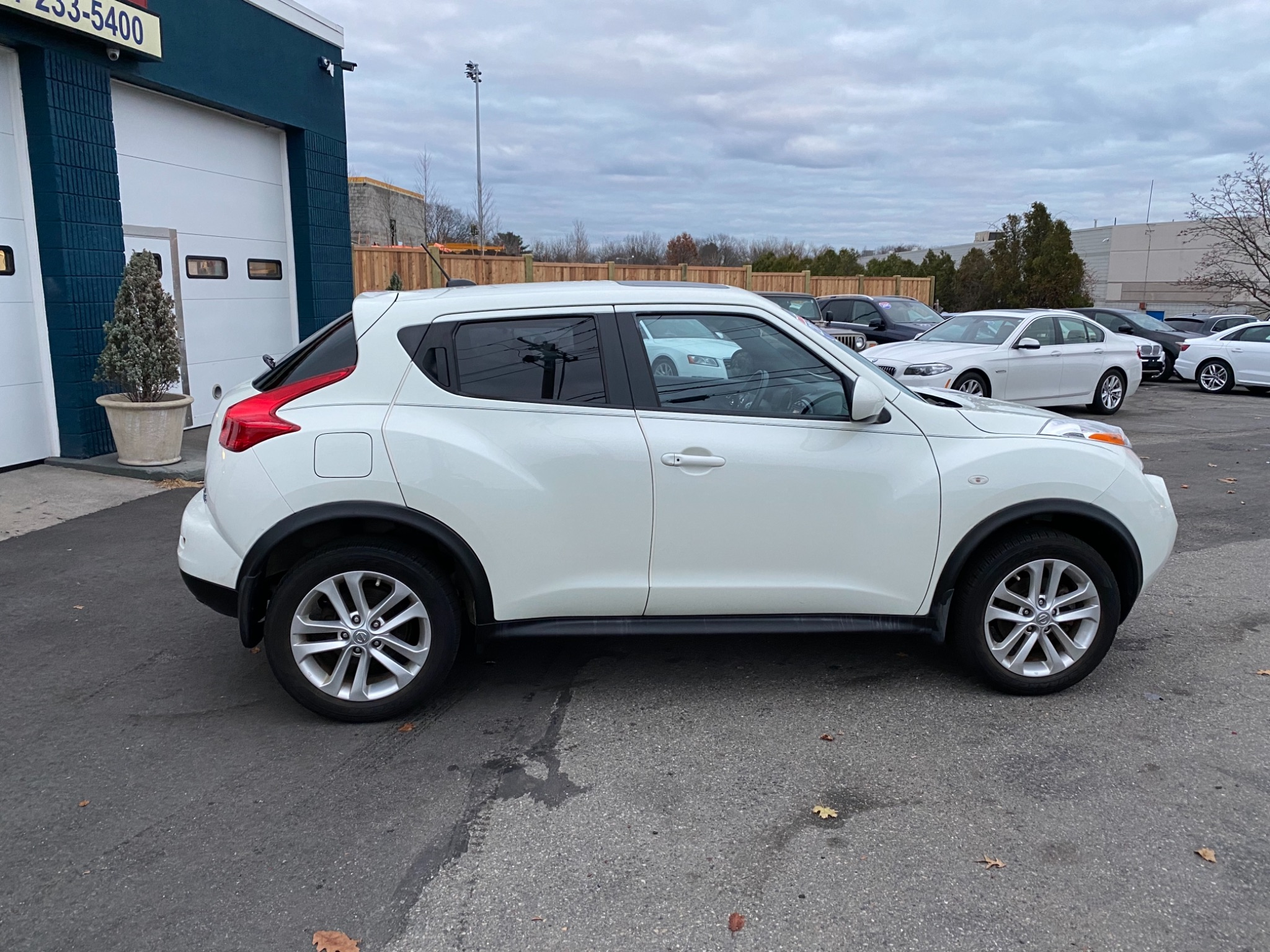 2012 Nissan JUKE SL 6-Speed Manual